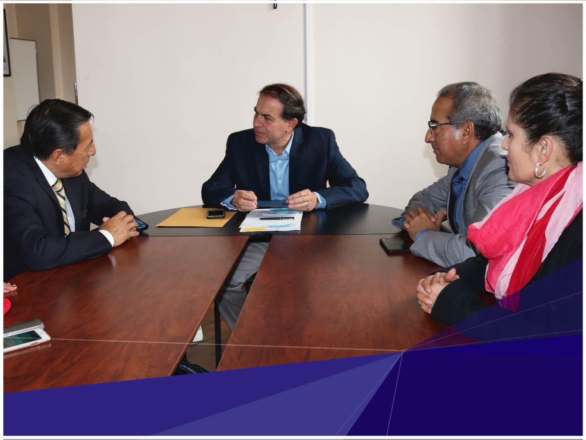 Autoridades de la Universidad Indoamérica realizaron visita protocolaria al Gobernador de Tungurahua