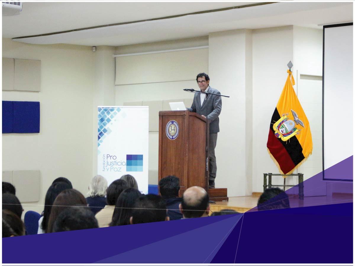 Carrera de Derecho realiza Conferencia Magistral con exponente internacional