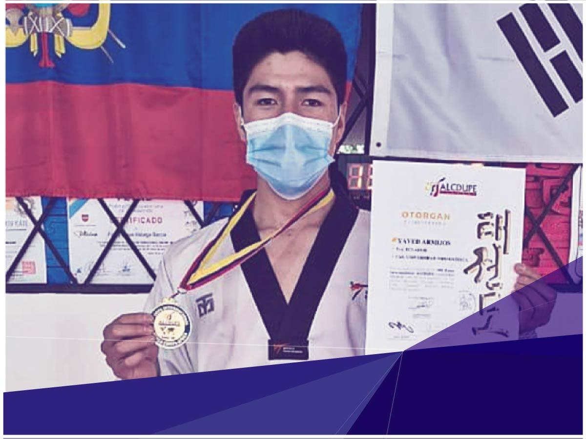 Estudiante de Psicología obtiene medalla de oro en Competencia Internacional de Taekwondo
